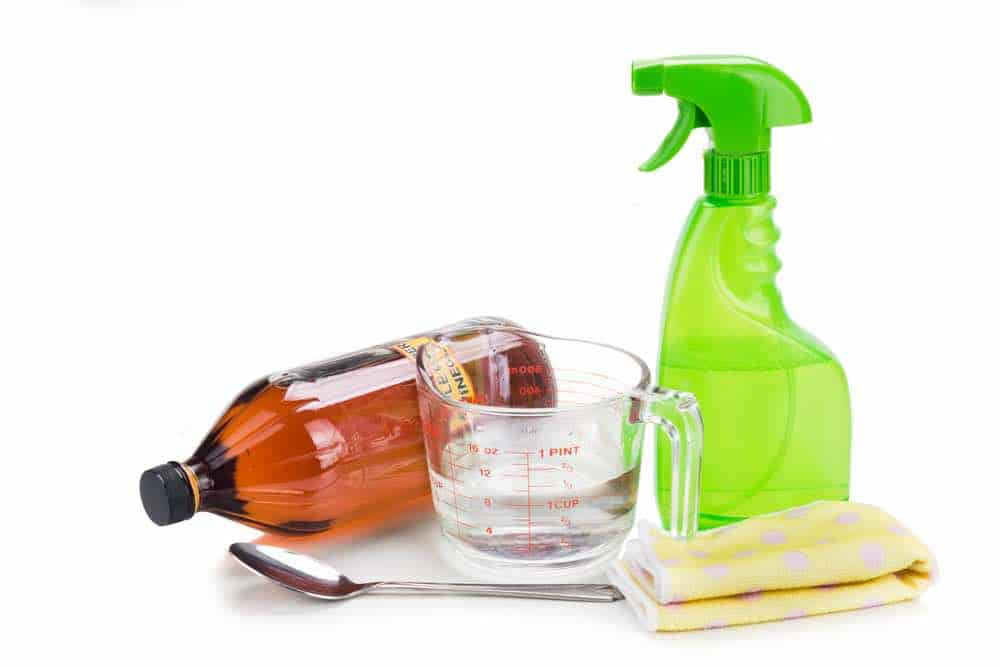 You can try to neutralize the damaging oil before a rash forms with apple cider vinegar.