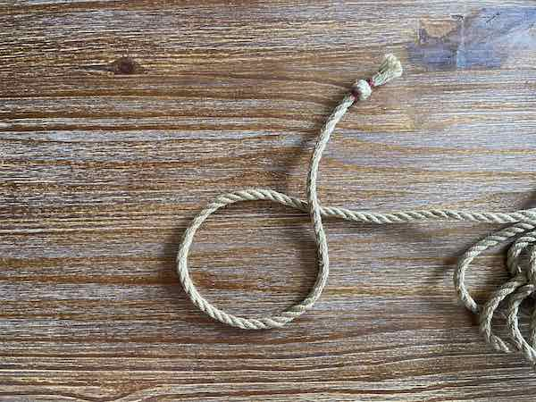 Double Overhand Knot 3