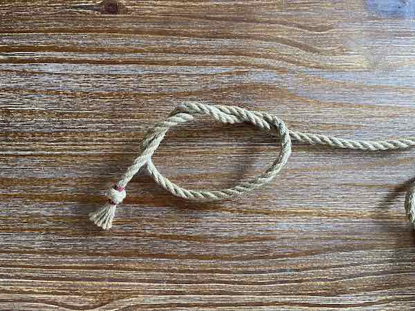 Double Overhand Knot 5