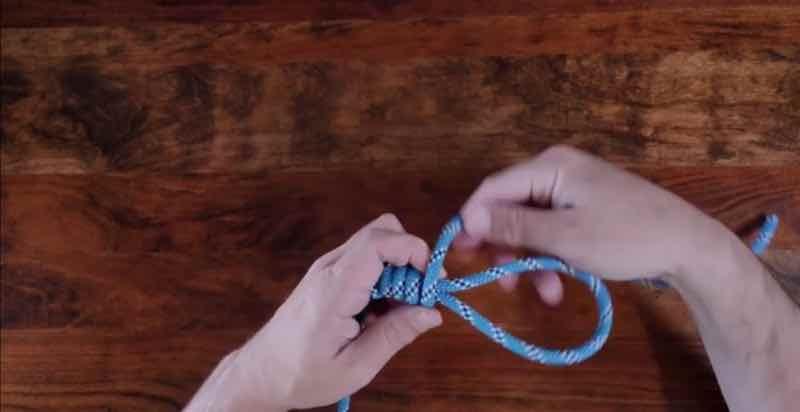 Heaving LIne Knot Step 5