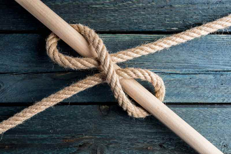 Tying The Clove Hitch